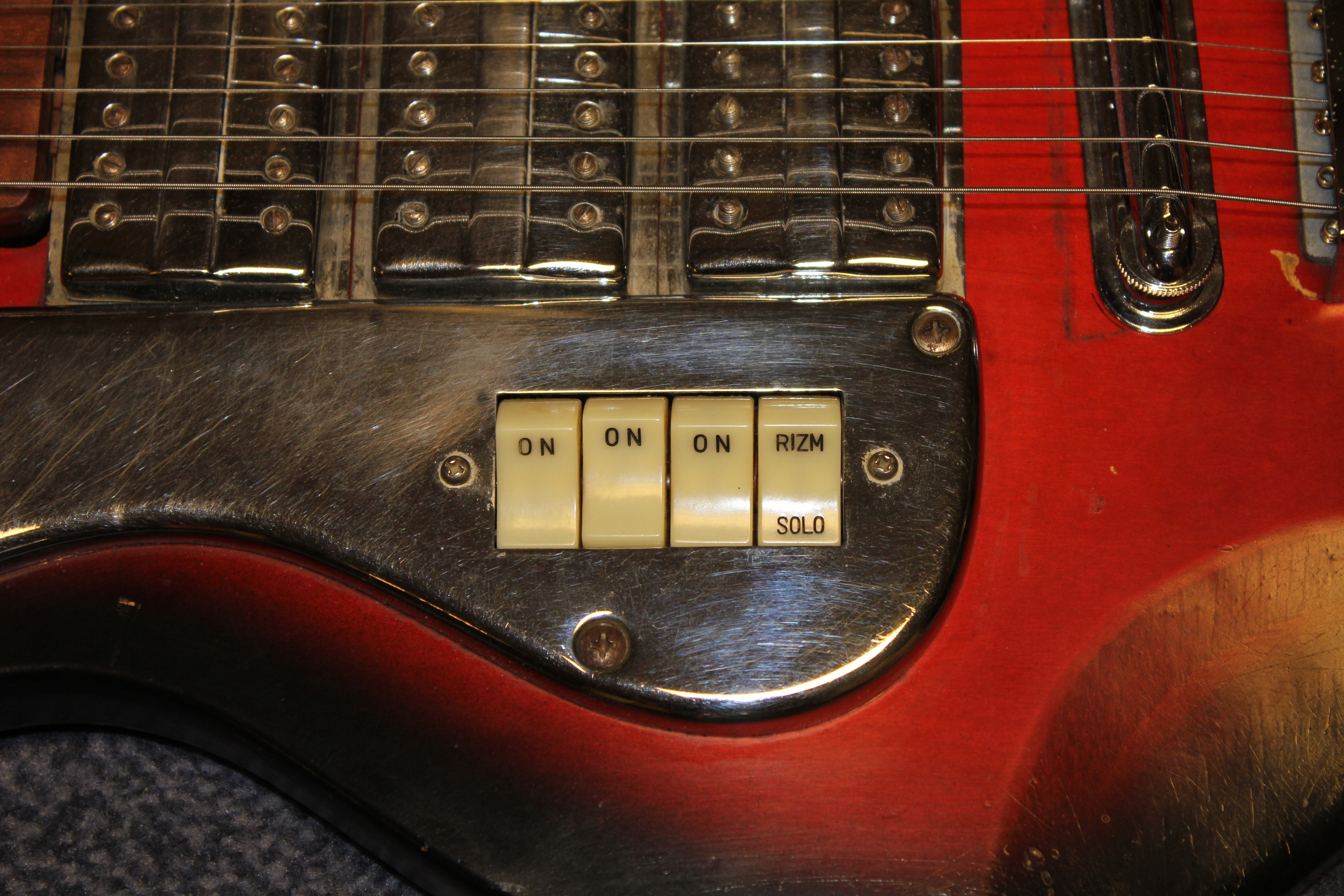 The long winding story of a vintage japanese douglas guitar playability when i got this guitar it had just a few sad remnants remaining of the original trem system one year at the philly guitar show i saw an asfbconference2016 Gallery