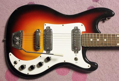 Castelfidardo Guitar 2