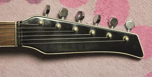 Castelfidardo Guitar 3