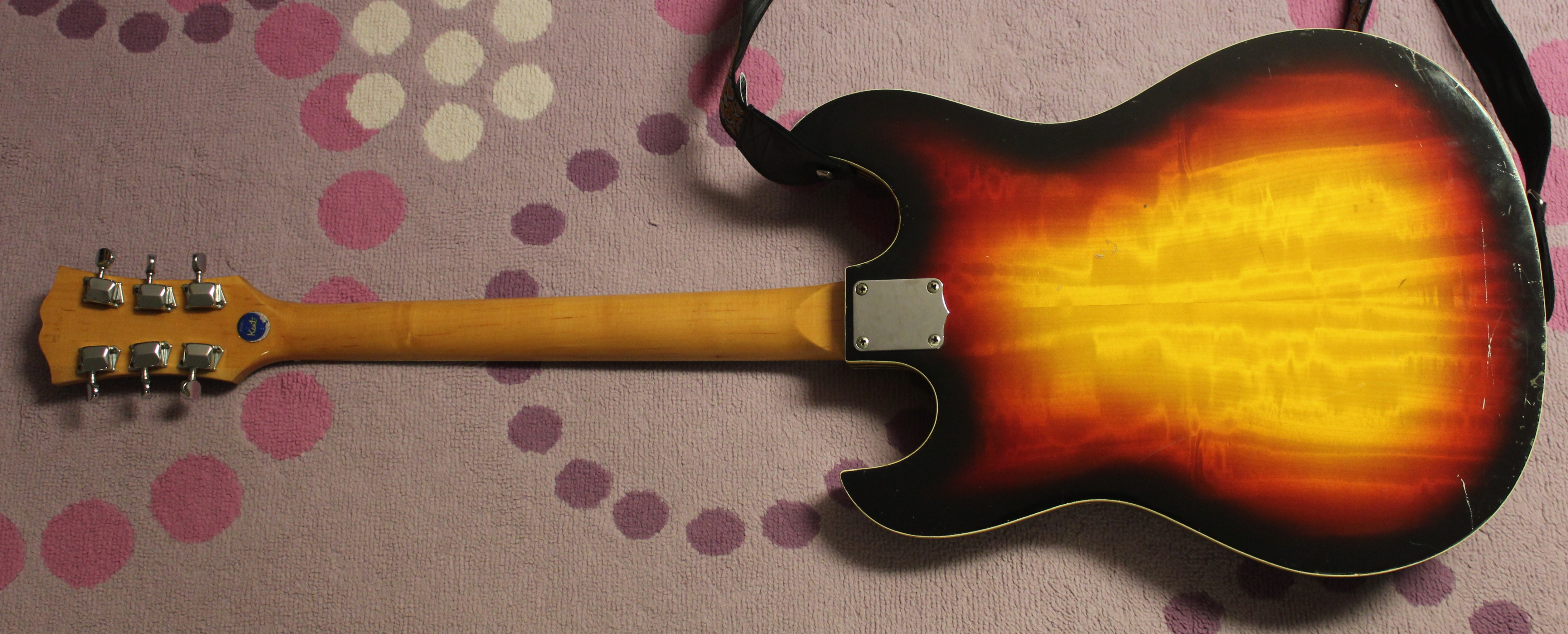 1967 69 kent 740 solidbody electric guitar japan made drowning in guitars. Black Bedroom Furniture Sets. Home Design Ideas