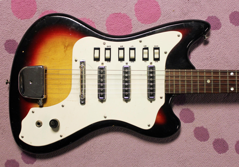 A Japanese Supro!?!? The Mystery Lexington Valco Guitar ...