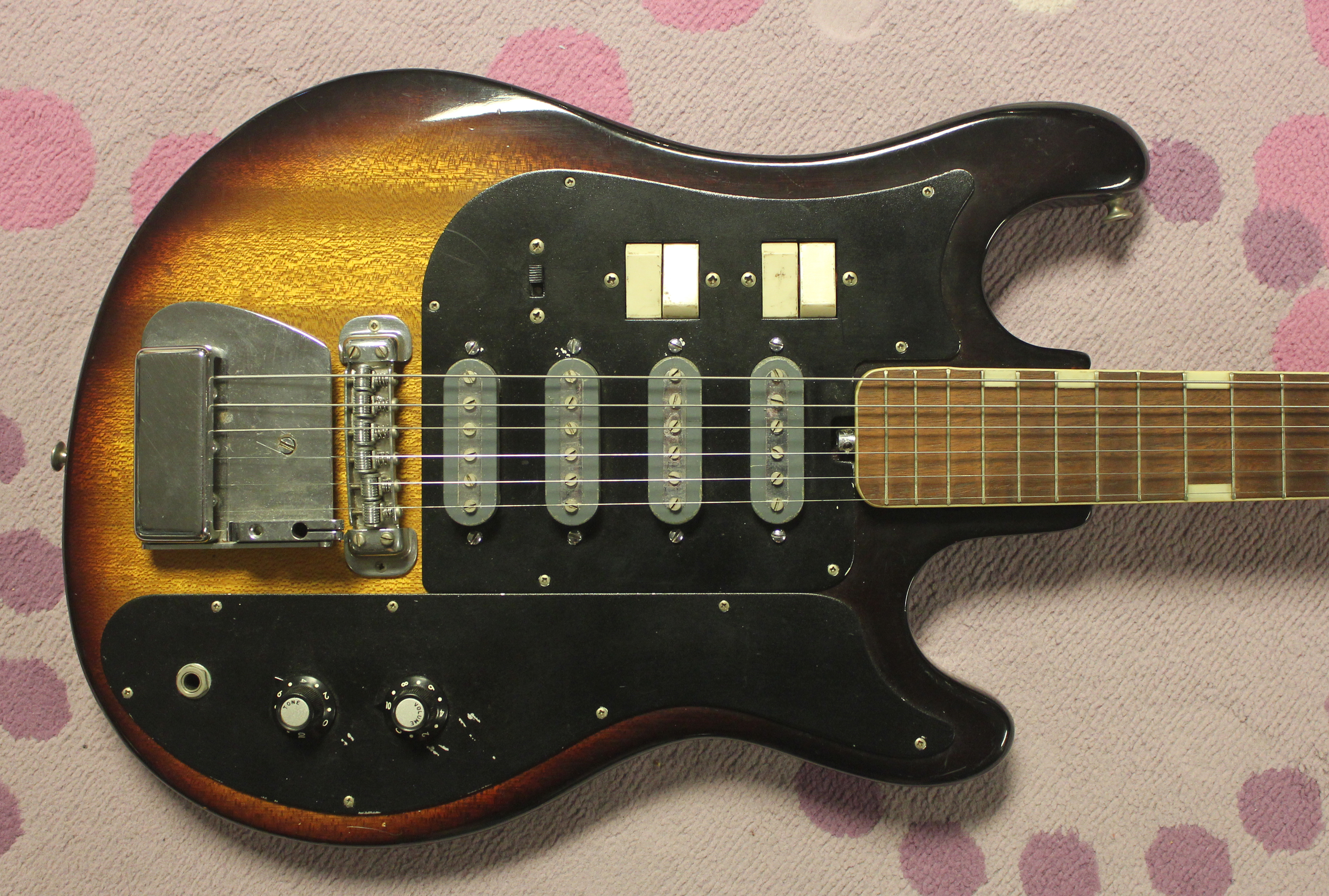 teisco et440 2 the devil in the details 1964 teisco et 440 electric guitar teisco del rey wiring diagram at nearapp.co