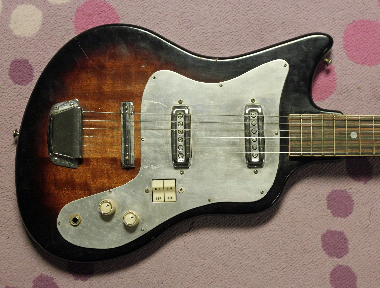 beauty and the beast kawai s bizarre ese guitar kawai bizarre 2