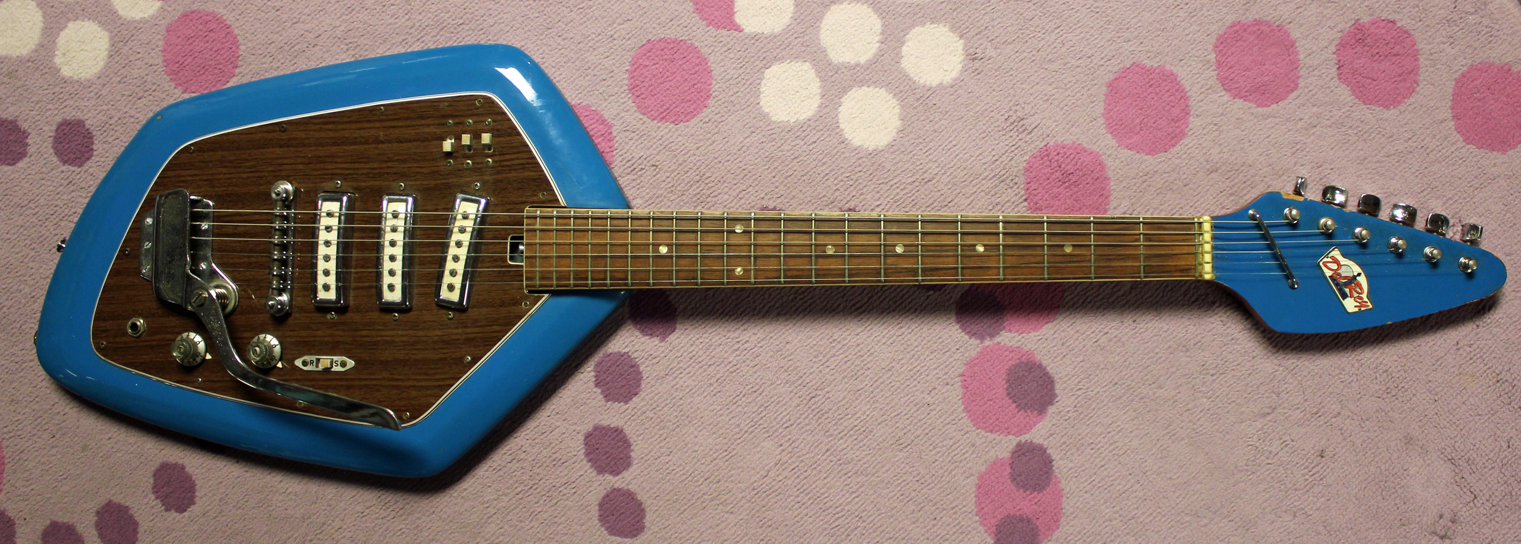 What S A Teisco 1968 Del Rey Ev3t Electric Guitar Drowning In